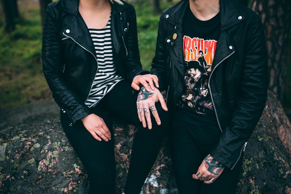 kihlakuvaus tatuoidut kihlasormukset tatuoitu sormus tattoo helsinki