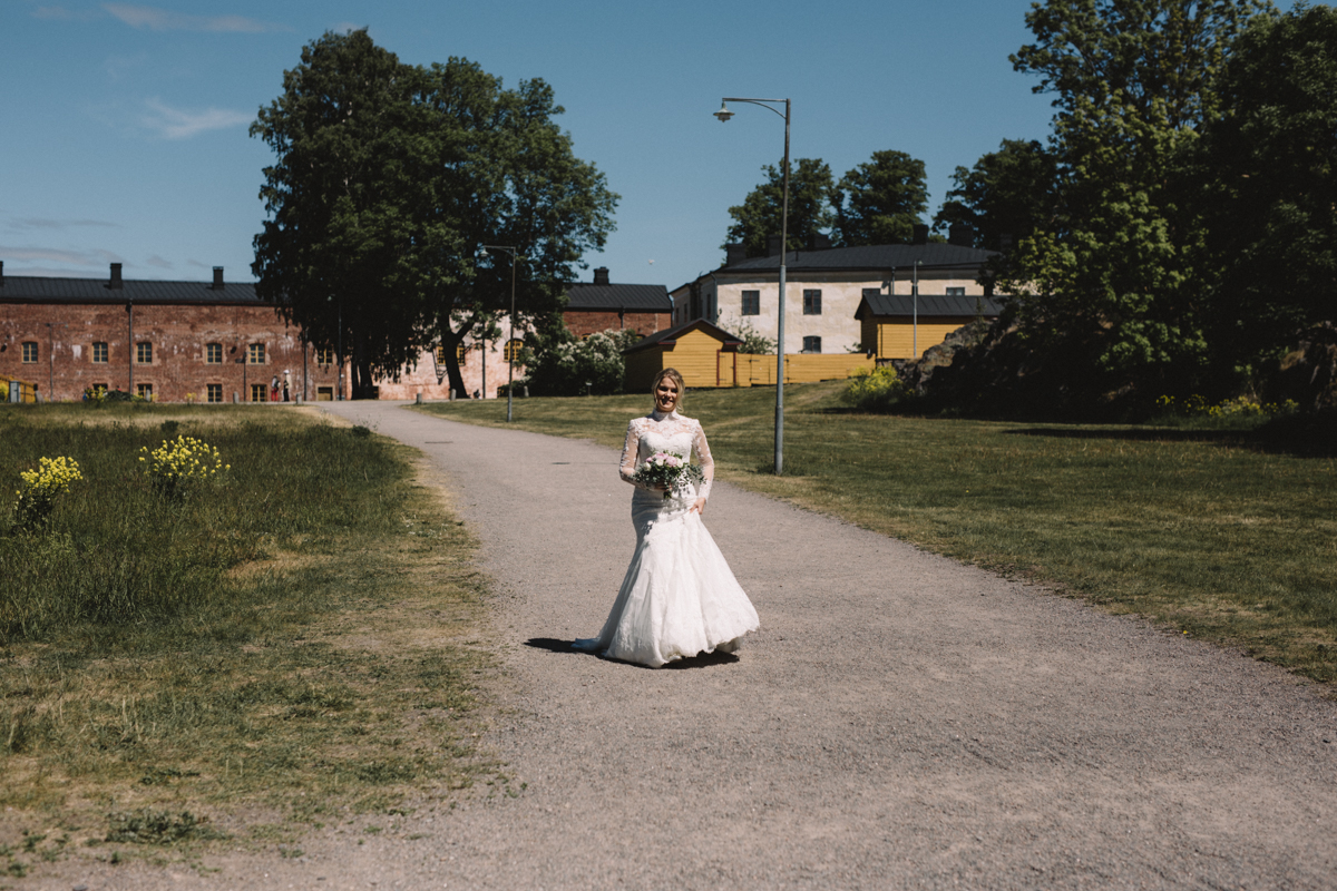 bride first look morsian suomenlinna